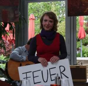 Sabine Sabeth Burkhardt bei einer Lesung im Jungegger's in Schwabach