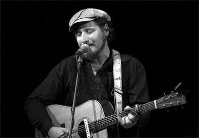 Liedermacher Dominik Plangger